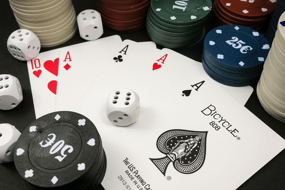 Playing Online Hold Em Poker.