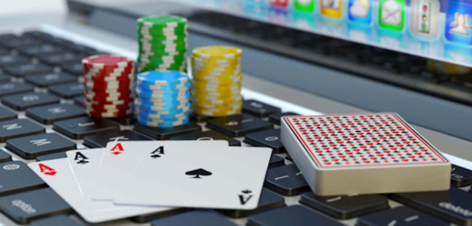 Online Betting and Card Games with Free Bitcoin!