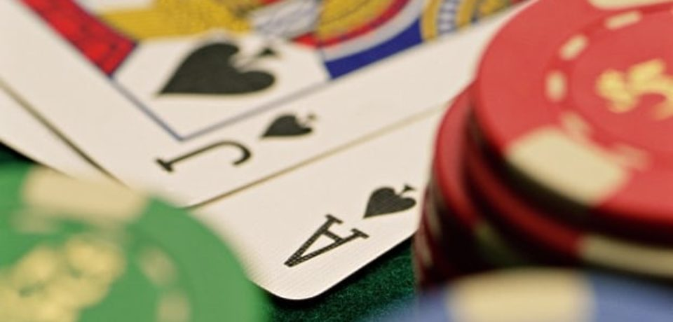 Poker online is one of the best card games which you can try